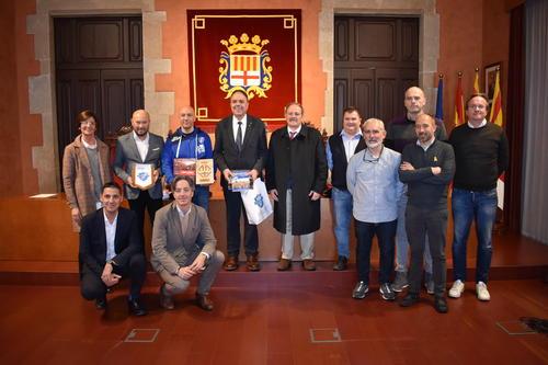 L'Ajuntament rep representants de la directiva de l'equip sard Dinamo Basket Sassari, que aquest vespre s'enfronta al Baxi Manresa