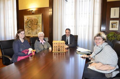 Quatre maquetes tallades en fusta per Heliodoro Martín entren a formar part del fons del Museu de Manresa per la donació de la vídua de l'artista