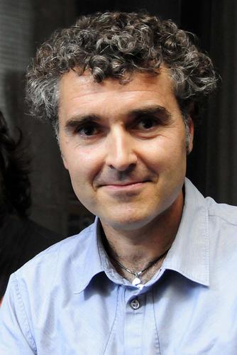 El musicòleg Oriol Pérez intentarà trobar a la xerrada de la Travessa cap al 2022 les pautes i vies per transcendir la condició i naturalesa distòpica de la humanitat